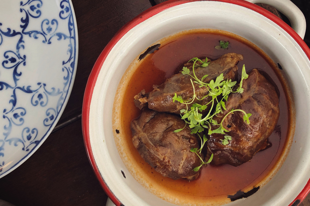 Pork cheeks braised in port wine